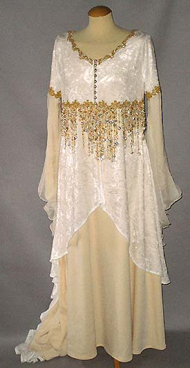 Brautkleid in creme-gold